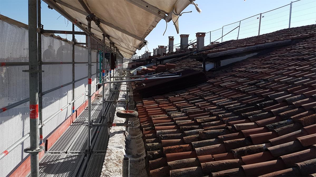 CSE – Ministero Beni Culturali Soprintendenza di Venezia, Ministry of Cultural Heritage  and Venice Superintendency, restoration façade Procuratie Nuove, Piazza San Marco, Venezia 2003-2019